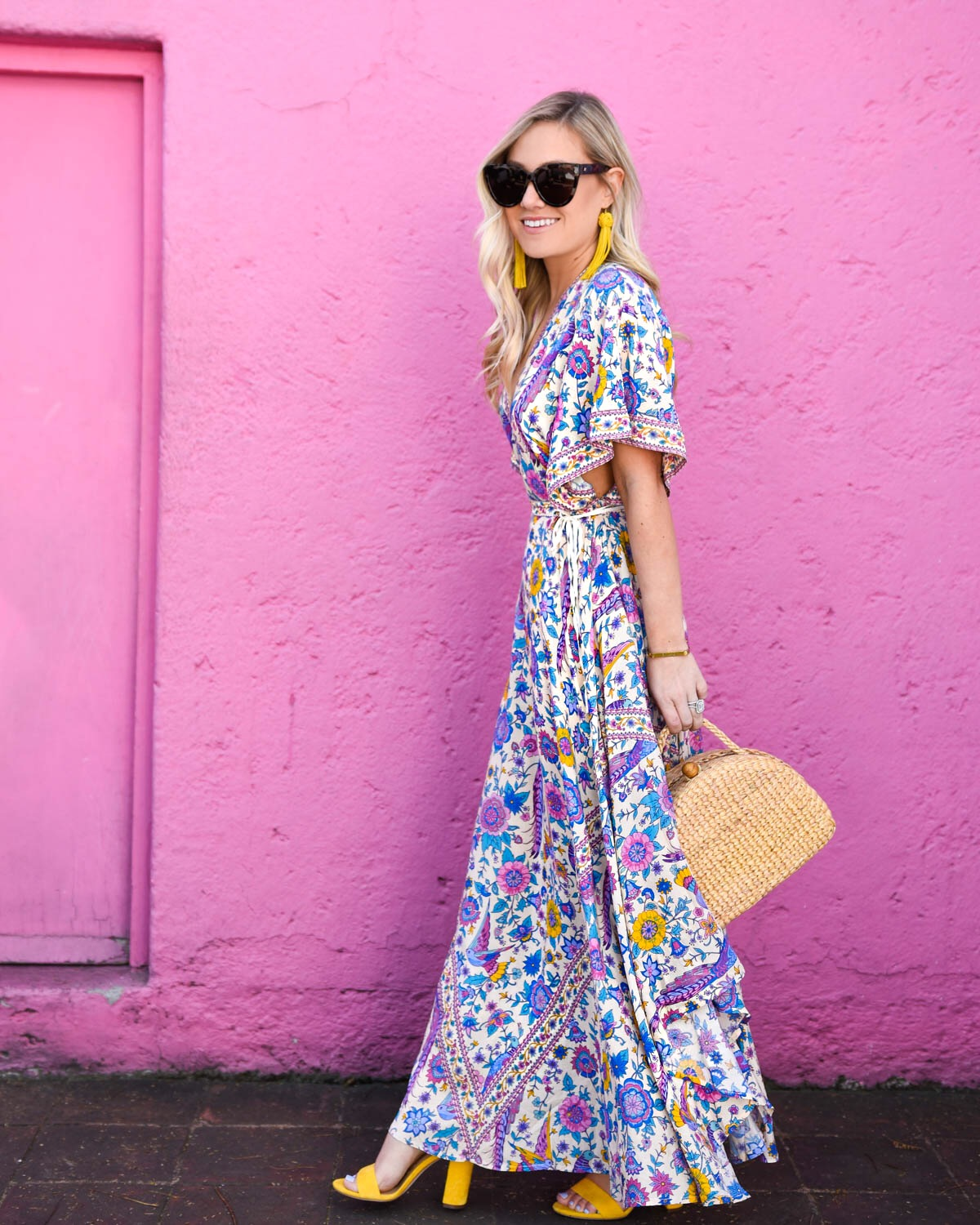 Mexico-City, Colorful-Maxi-Dress, Spell-&-Gypsy-Collective, Beach-outfit, yellow-sandals, beach-bag