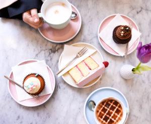 Peggy-Porschen-Parlour, London-Guide, London-Cupcakes, London-Bakery, Gucci-Handbag