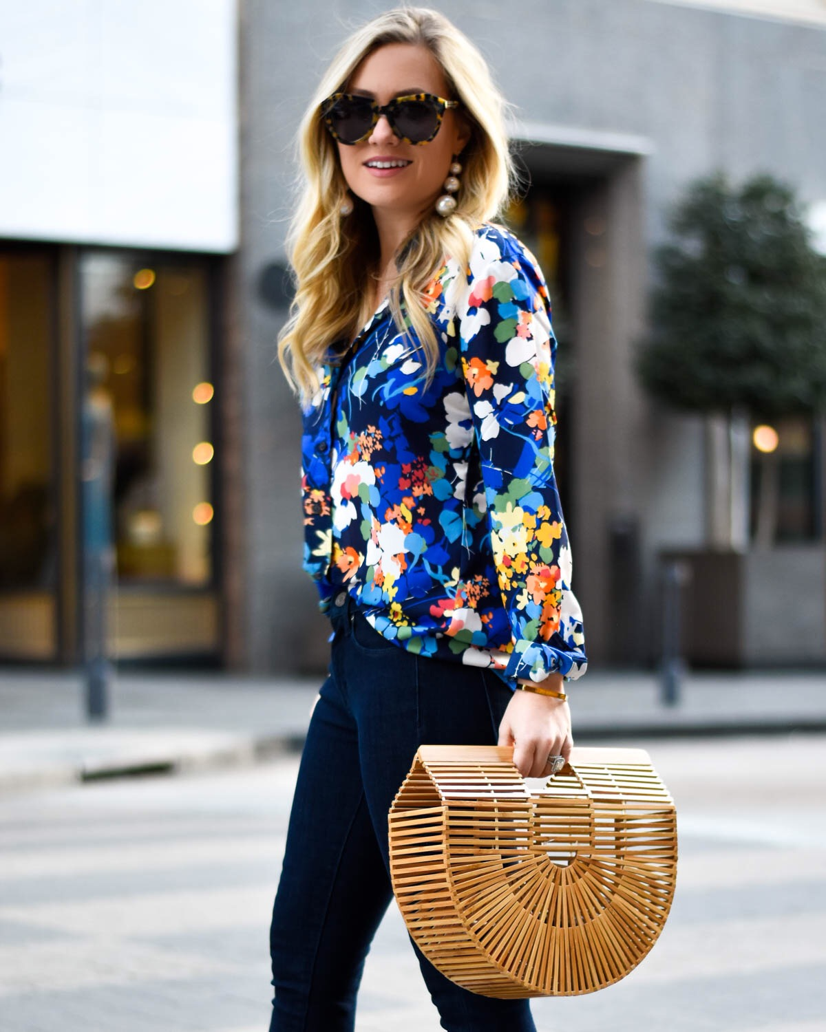 Banana-Republic-Jeans, Banana-Republic-Blouse, What-moves-you, Floral-blouse