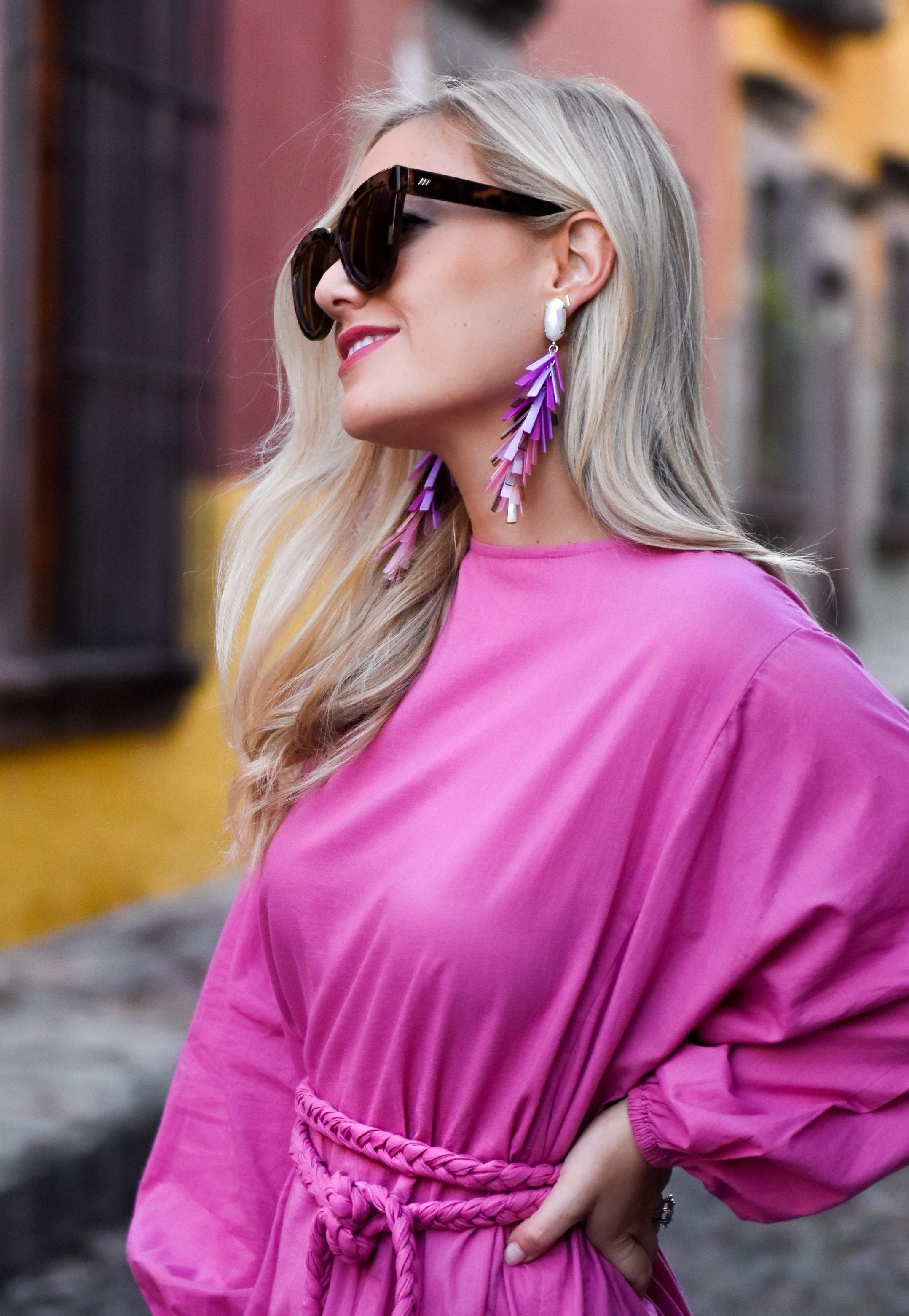 Kendra Scott, Kendra Scott Earrings, Dallas Blogger, Fashion Blogger, Travel Blogger, Mexico, Cult Gaia, Le Specs Sunglasses, Kendra Scott Justyne Statement Earrings, Schutz Heels