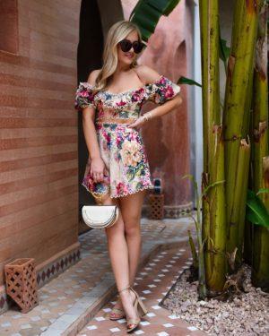 Blonde-Woman-Wearing-Zimmermann-Melody-Off-Shoulder-Crop-Top-Melody-High-Waist-Shorts-Chloe-Handbag-Matching-Set-Lo-Murphy-Travel-Blogger