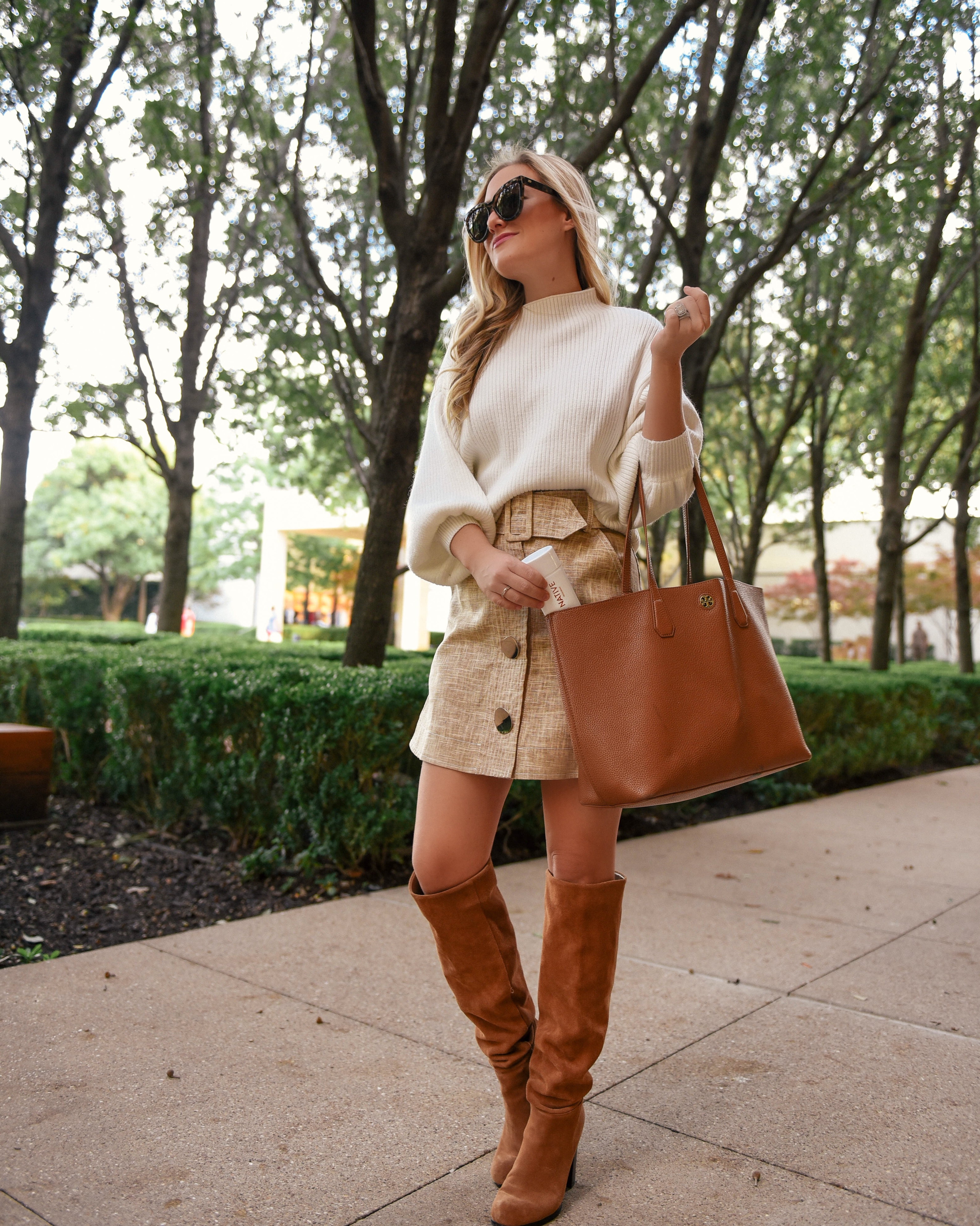 Native-Natural-Deodorant-Lo-Murphy-Fall-Outfit-Fall-Style-Clean-Beauty-Camel-Boots