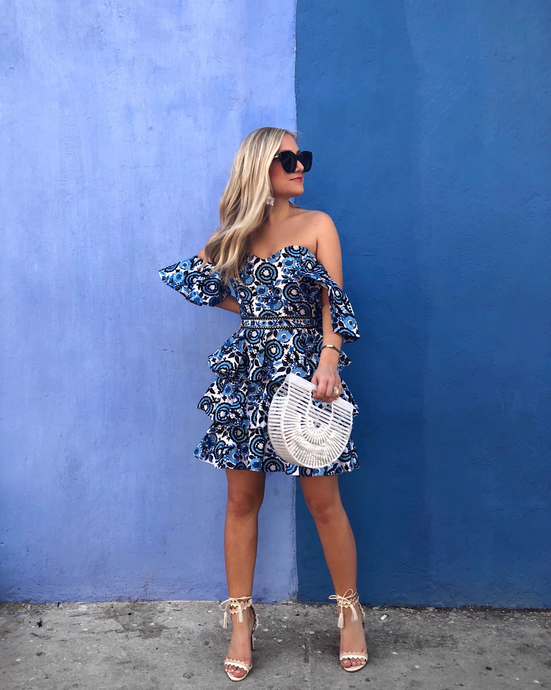 Blue-Dress-Caroline-Constas-Lo-Murphy-Colombia-Travel-Blogger-Cult-Gaia-Bag