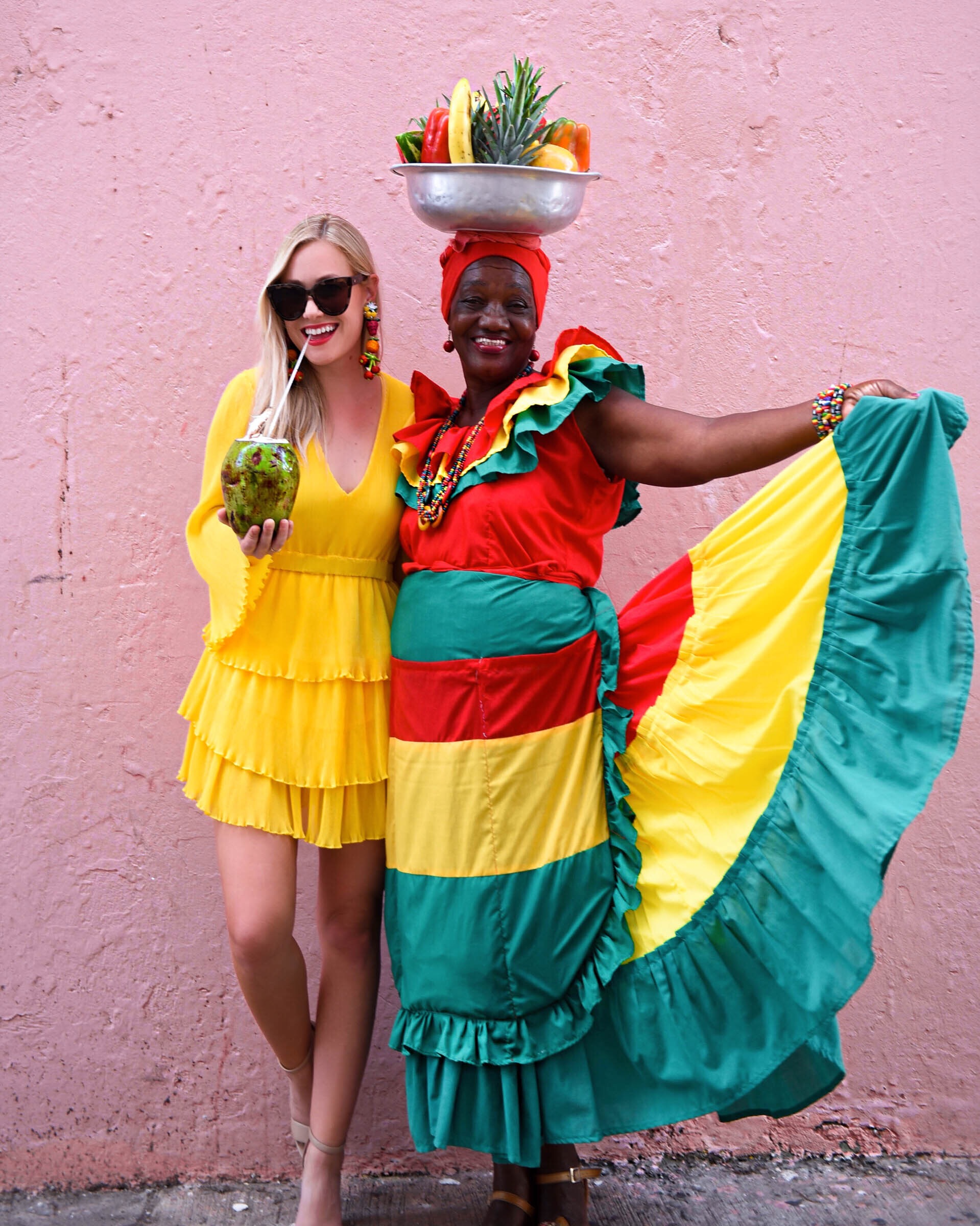 Lo-Murphy-Colombia-Yellow-Dress-Travel-Blogger
