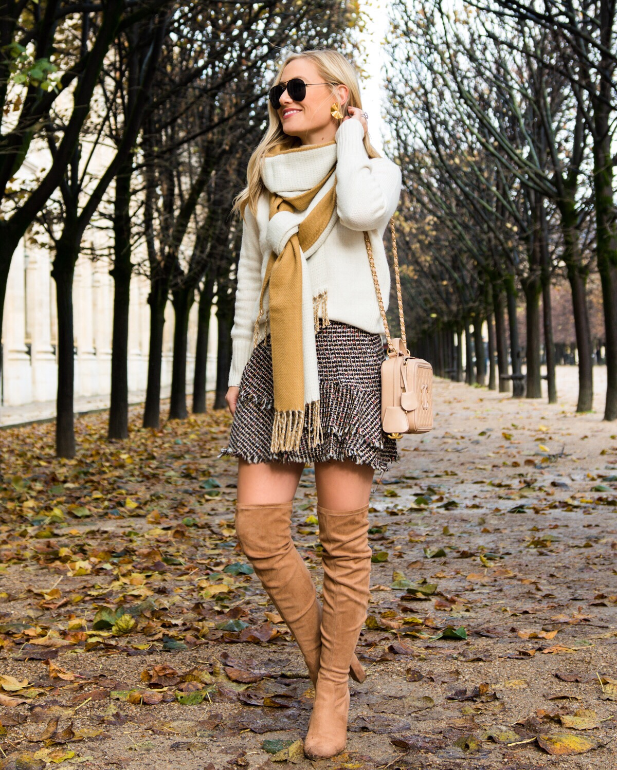 Lo-Murphy-Fall-outfit-mini-skirt-fall-look-ootd-dallas-blogger-otk-boots-fall-style