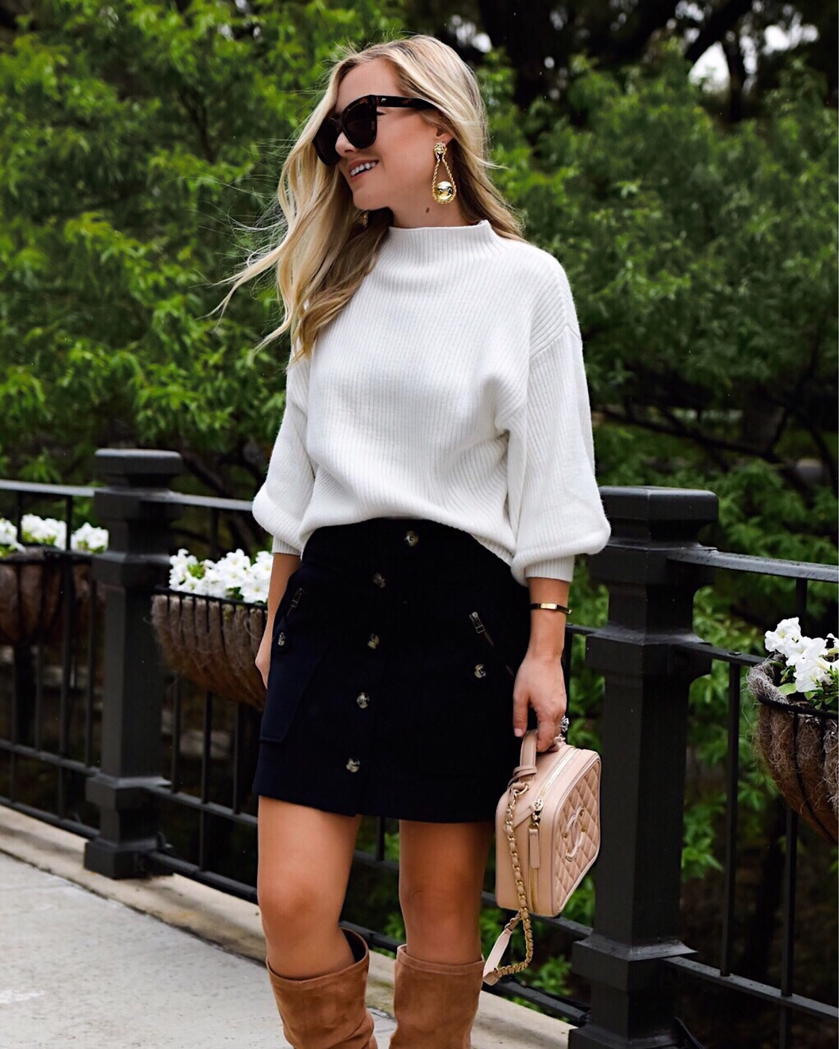 Lo-Murphy-Fall-outfit-mini-skirt-fall-look-ootd-dallas-blogger-otk-boots-mock-neck-sweater