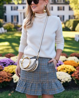 Lo-Murphy-Fall-outfit-mini-skirt-fall-look-ootd-dallas-blogger-plaid-mini-skirt