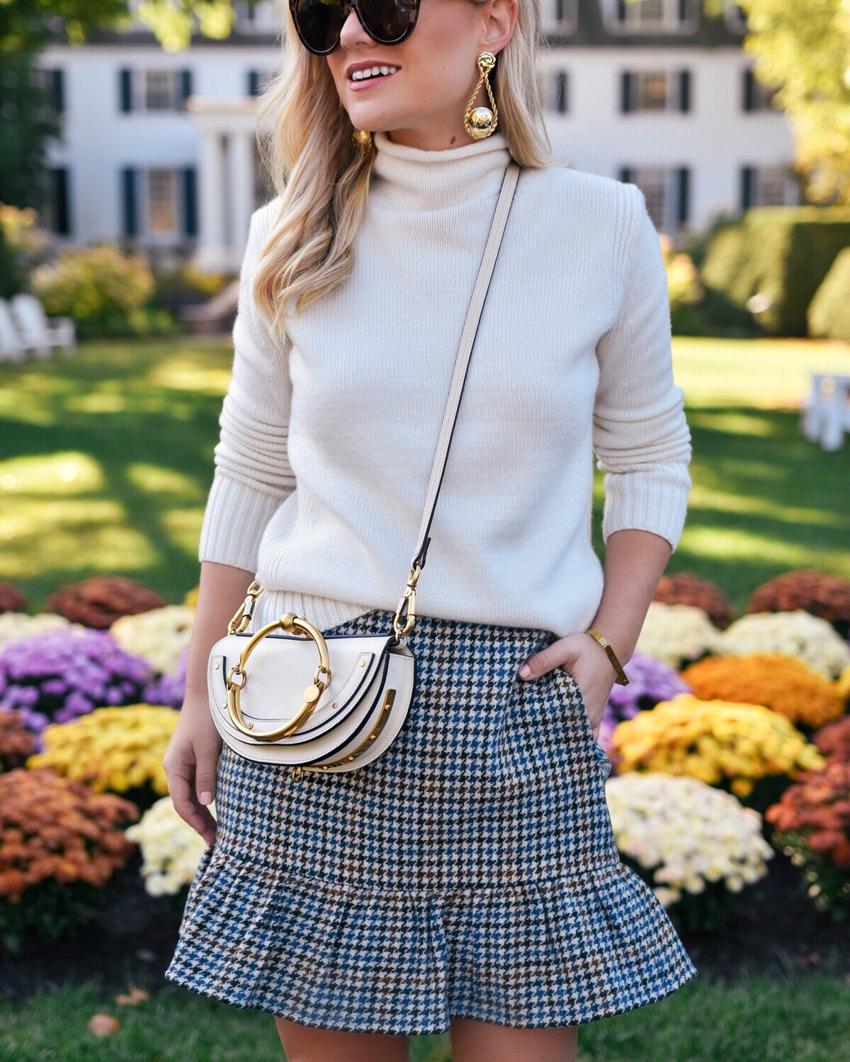 Lo-Murphy-Fall-outfit-mini-skirt-fall-look-ootd-dallas-blogger-plaid-mini-skirt