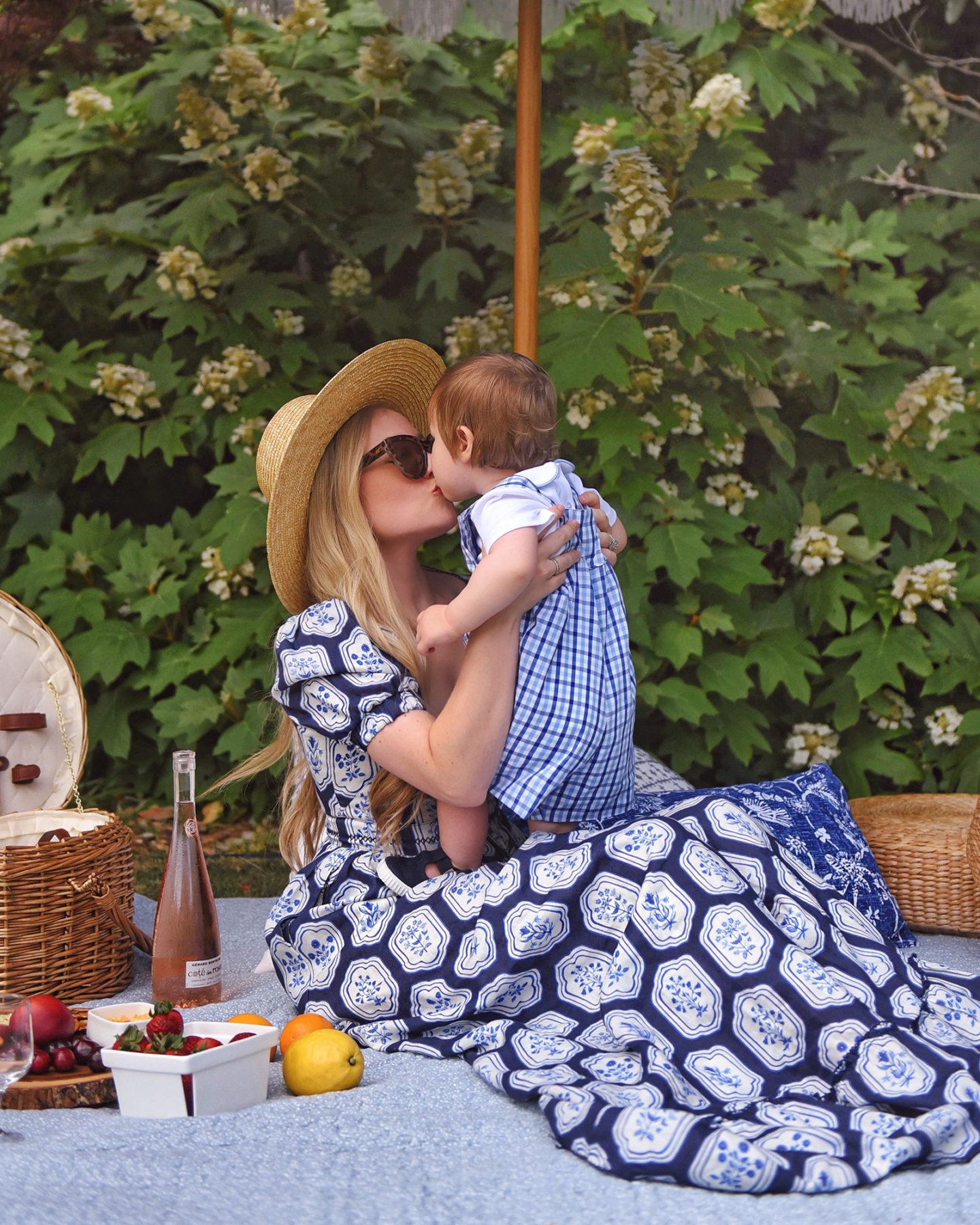 Lo-Murphy-Mommy-and-me-agua-by-agua-bendita-moda-operandi-matching-mommy-outfits