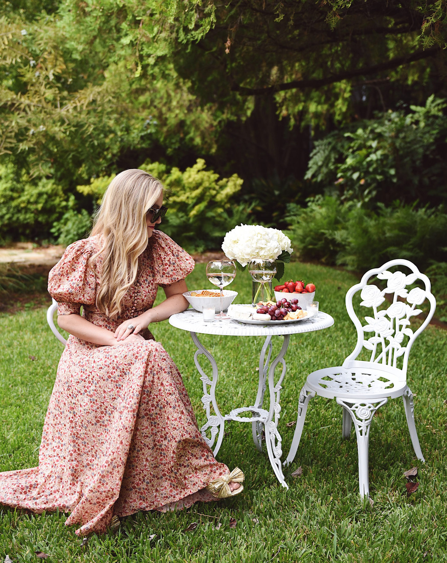 Lo-Murphy-Walmart-Cheeseboard-Date-Night-dallas-blogger-outdoor-furniture-Doen-Dress